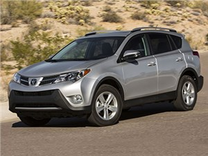 Обновленные Toyota RAV4 и RAV4 Hybrid уже проходят испытания на дорогах