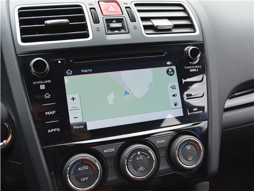 Subaru WRX STI (2018) центральная консоль