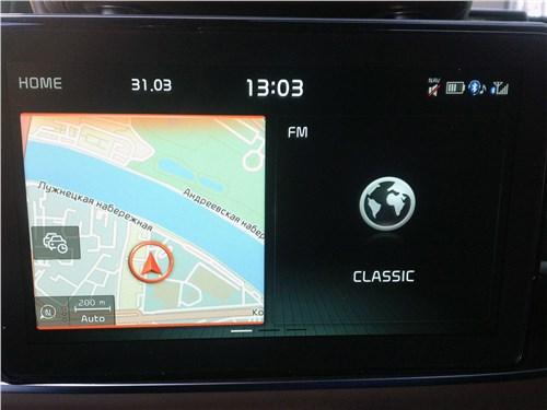 Kia K900 2019 монитор