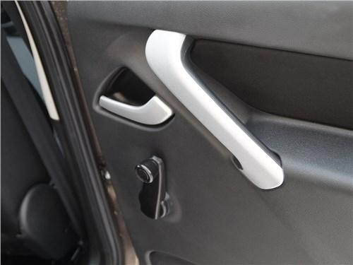 Datsun mi-Do 2015 задняя дверь