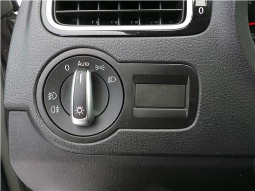Volkswagen Polo GT 2016 блок управления внешними световыми приборами