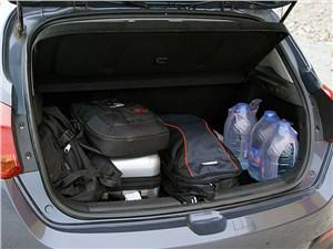 Предпросмотр kia cee'd 2012 хэтчбек багажник