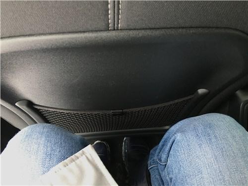 Volvo XC40 (2018) задний диван