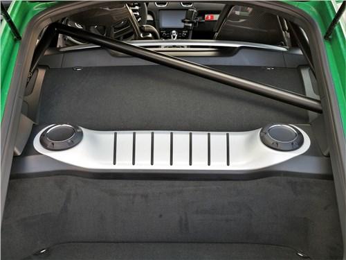 Porsche Cayman GT4 (2020) двигатель