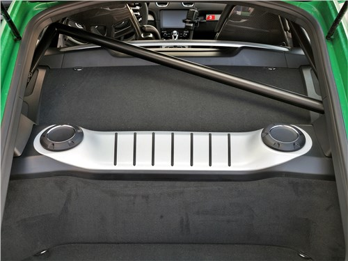 Предпросмотр porsche cayman gt4 (2020) двигатель