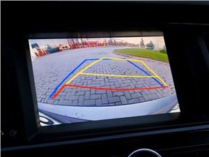 Предпросмотр kia quoris 2013 видеоизображение позади автомобиля