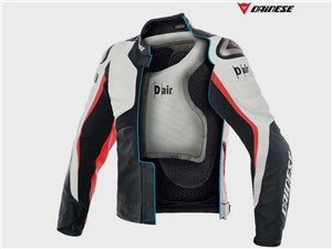 Компания Dainese показала подушку безопасности для мотоциклистов