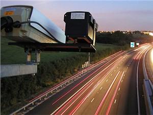 На сложных участках российских дорог установят камеры слежения