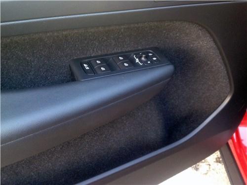 Volvo XC40 2018 дверной карман