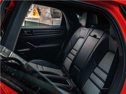 Предпросмотр porsche cayenne coupe 2020 задний диван