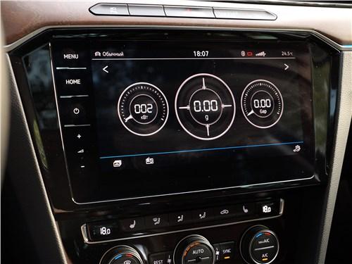 Volkswagen Passat 2015 центральная консоль