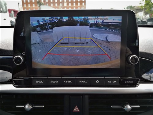 Kia Picanto (2021) монитор