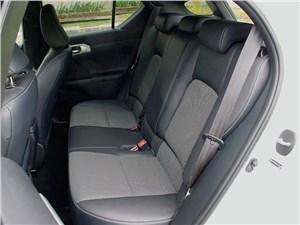 Предпросмотр lexus ct 200h 2011 задний диван