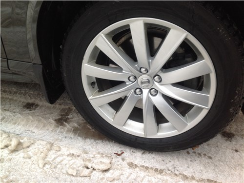 Предпросмотр volvo xc90 2015 колесо