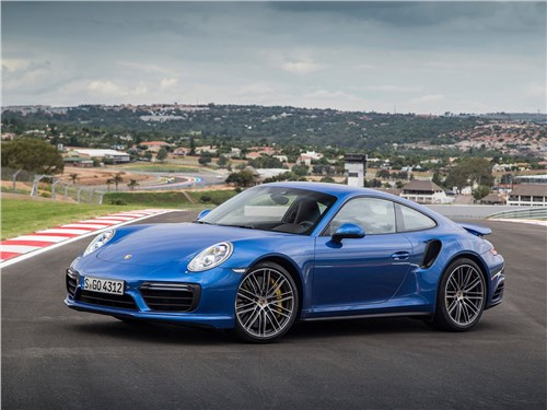 Porsche 911 Turbo 2016 вид спереди сбоку
