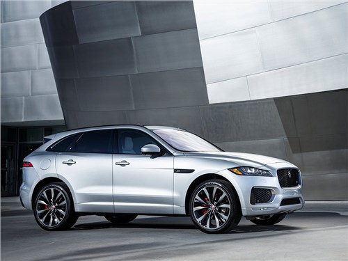 Jaguar начал продажи кроссовера F-Pace в России