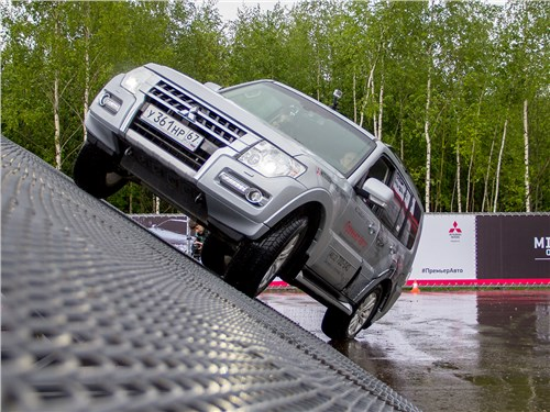 Mitsubishi Off-road Park. Даешь бездорожье!
