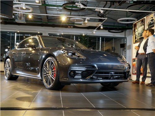 Porsche Panamera (хэтчбек 5-дв.)