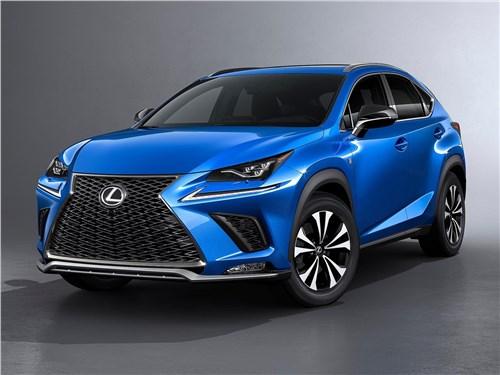 Lexus NX 2018 вид спереди
