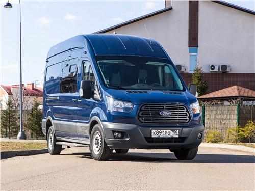 Предпросмотр ford transit 2018 увезет много пассажиров и еще больше багажа