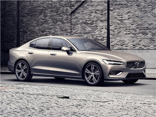 Volvo S60 2019 Американский акцент