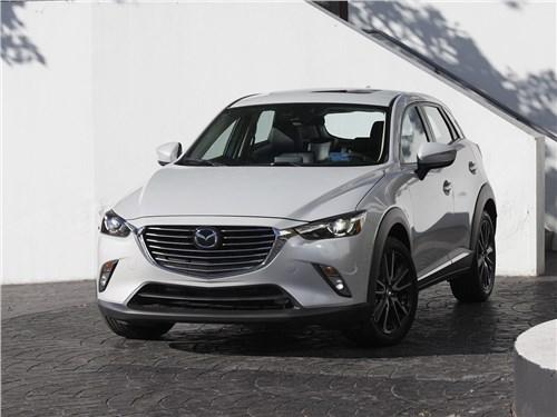 Mazda CX-3 2015 вид спереди