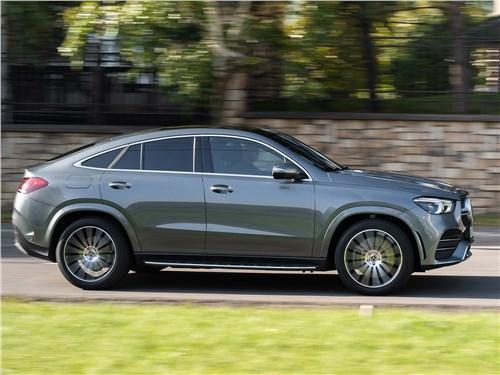 Mercedes-Benz GLE Coupe 2020 вид сбоку