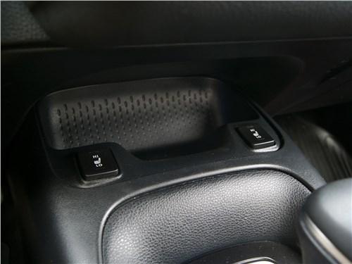 Toyota Corolla 2019 лоток для мелочей