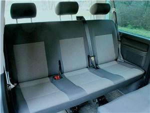 Предпросмотр volkswagen caravelle «диван» третьего ряда