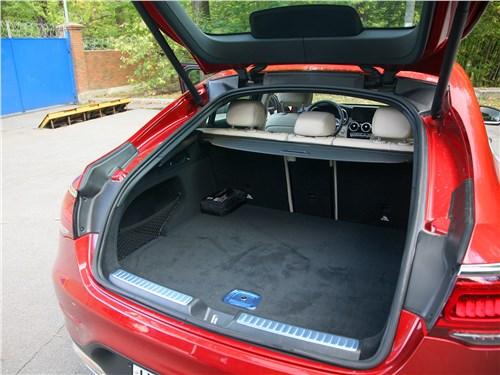 Mercedes-Benz GLC Coupe 2020 багажное отделение
