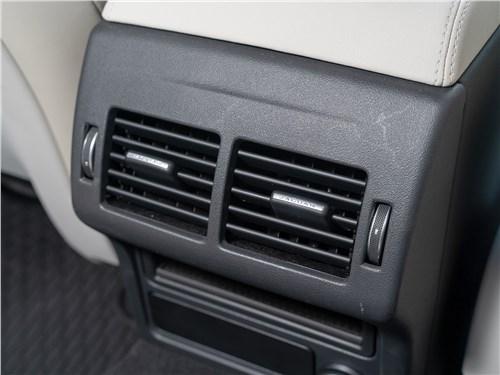Предпросмотр jaguar xe p250 2020 дефлекторы вентиляции