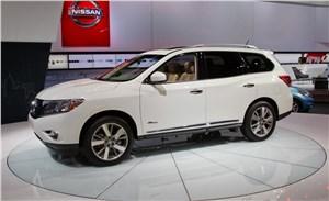 Nissan Pathfinder нового поколения встал на конвейер