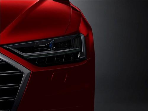 Audi A8 будет приподнимать кузов перед ДТП