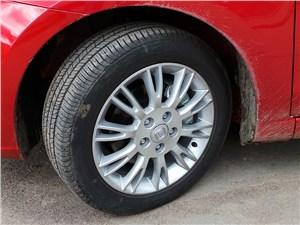 Предпросмотр changan eado 2014 колесо