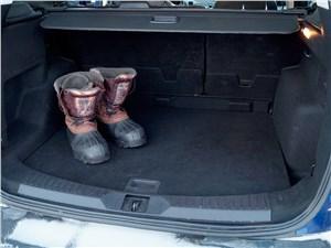 Ford Kuga 2013 багажное отделение