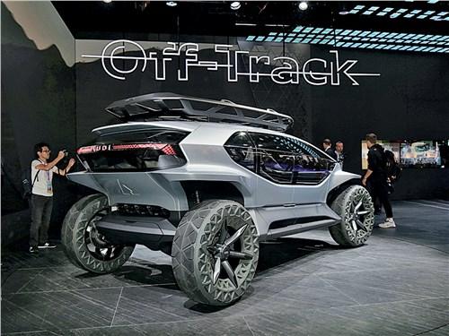 Audi AI:Trail вид сзади