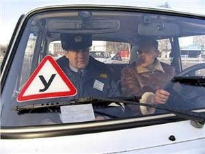 Сдавать на права можно будет и на машинах с АКПП