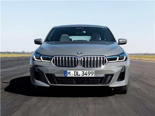 Спутники лета (Обзор российского рынка открытых автомобилей - 2006) 6 series - BMW 6-Series Gran Turismo 2021 вид спереди