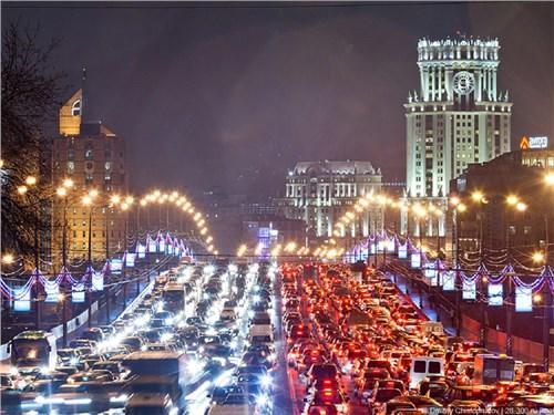 Собянин заявил о большом количестве машин и нехватке дорог в Москве