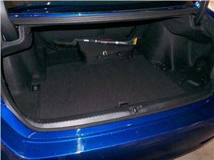Предпросмотр lexus rc f sport 2014 багажное отделение