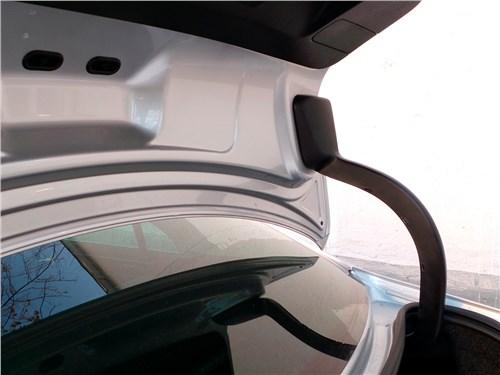 Предпросмотр volkswagen jetta 2015 петли крышки багажника