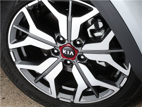 Kia Seltos 2020 колесо