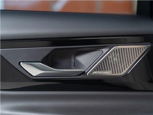 Предпросмотр jaguar xe p250 2020 дверь