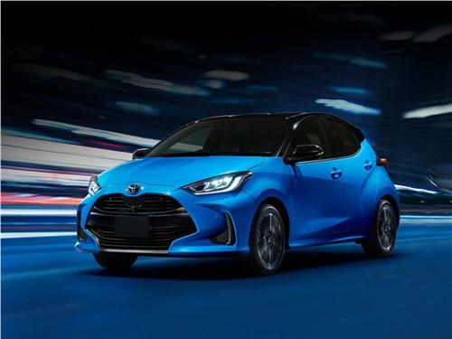 Toyota Yaris (2020) вид спереди