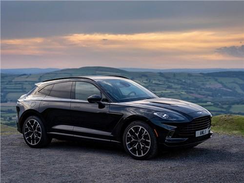 Aston Martin готовится представить десять новинок
