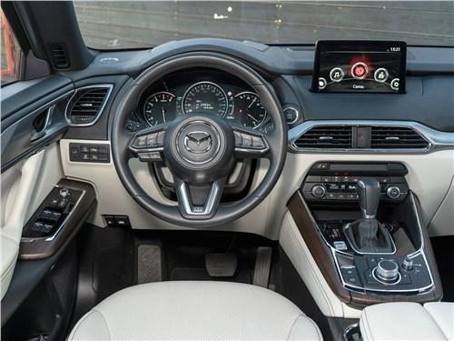 Mazda CX-9 (2021) салон