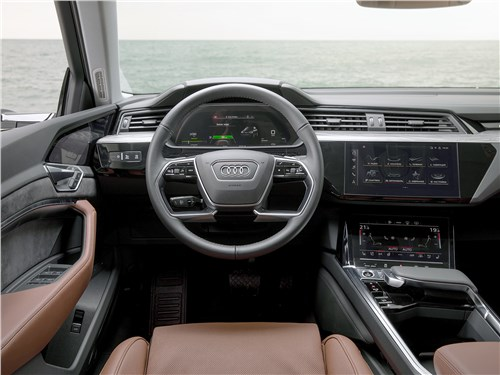 Audi e-tron Sportback (2021) салон