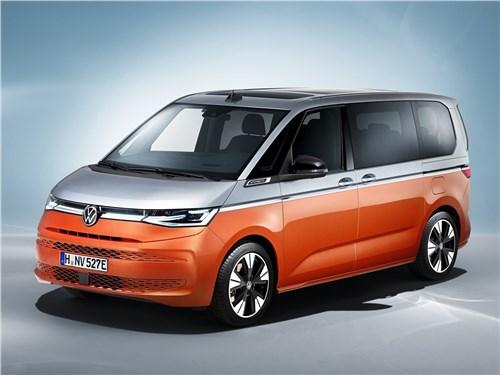 Volkswagen Multivan (2022) вид спереди сбоку