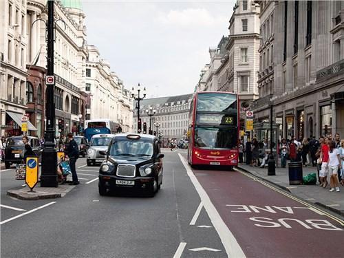 Водители Великобритании будут платить транспортный налог по километрам