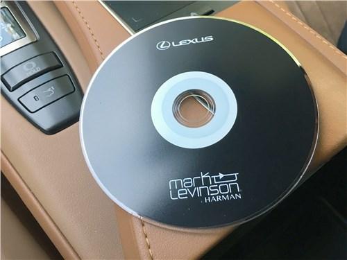 Предпросмотр lexus lc 500 (2021) cd